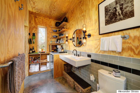 4 Families Built Their Own Ranch Made Of Tiny Houses And Its