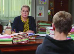 Catherine Deneuve en juge des enfants à Cannes: deux spécialistes décryptent