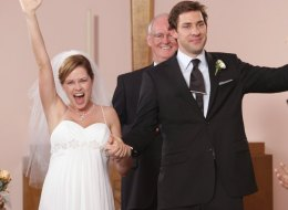 9 Of The Most Memorable TV Sitcom Weddings