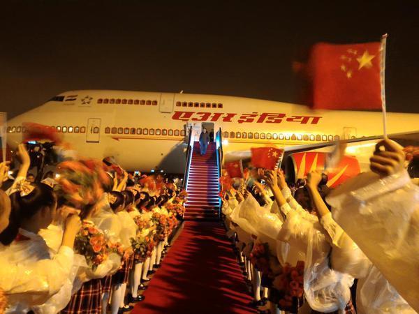 modi shanghai arrival