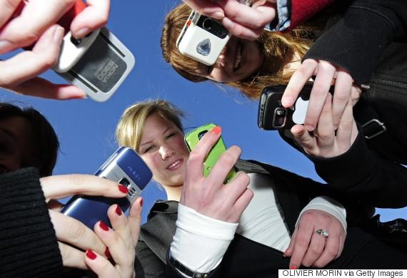 teenagers phones school