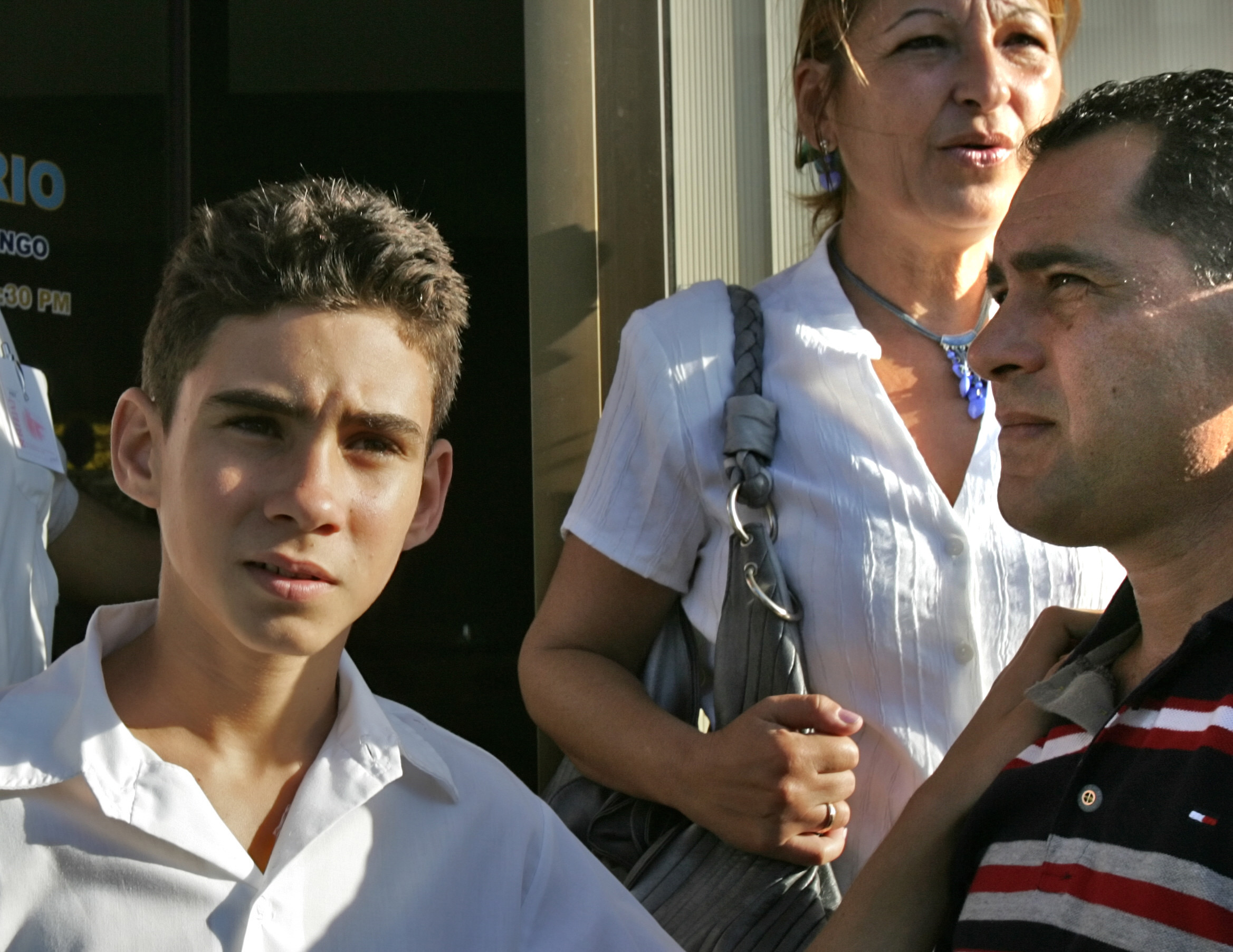the elian gonzalez affair essay Diaz spent the next few months chatting with elian gonzalez's relatives  to appear in a photo essay about women  cary grant film an affair to.