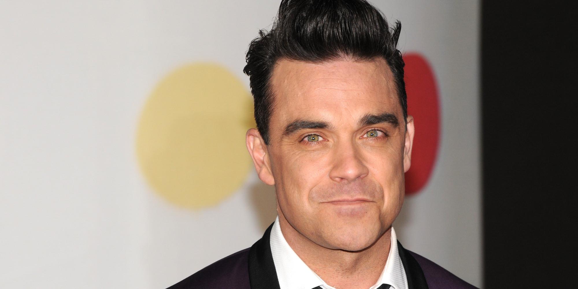 Robbie Williams hat eine neue Frisur mit der er 90er Jahre feiert