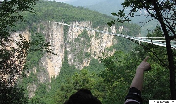 China Is Building The Worlds Longest And Highest GlassBottom - China opens worlds longest skywalk