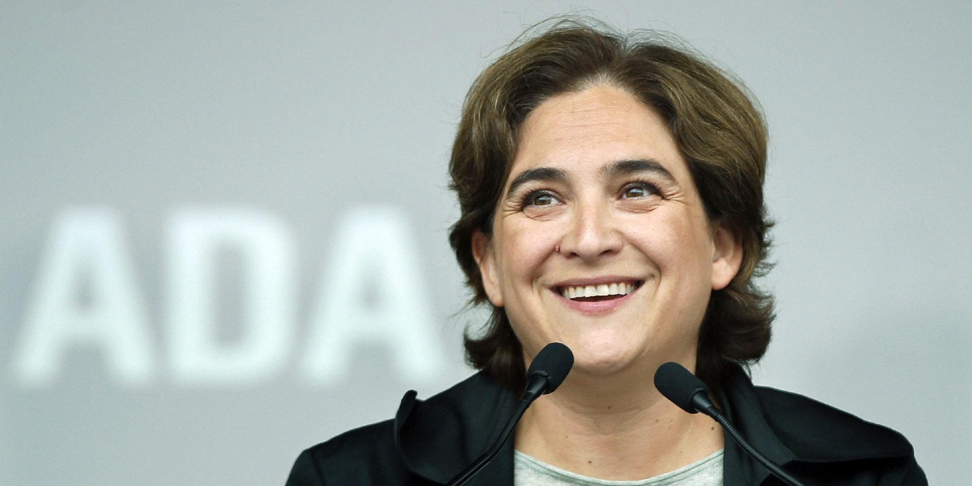 Ada Colau En Porno los rÁbanos por las hojas: ada colau, una alcaldesa sin