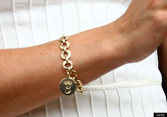 Duchess Of Cambridge S Favorite Charm Bracelet Is A Gift