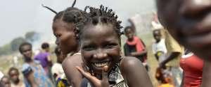 AFRICA SMILING WOMEN