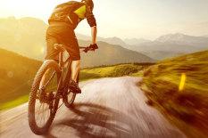 Radfahren| Bild: Fotolia/lassedesignen
