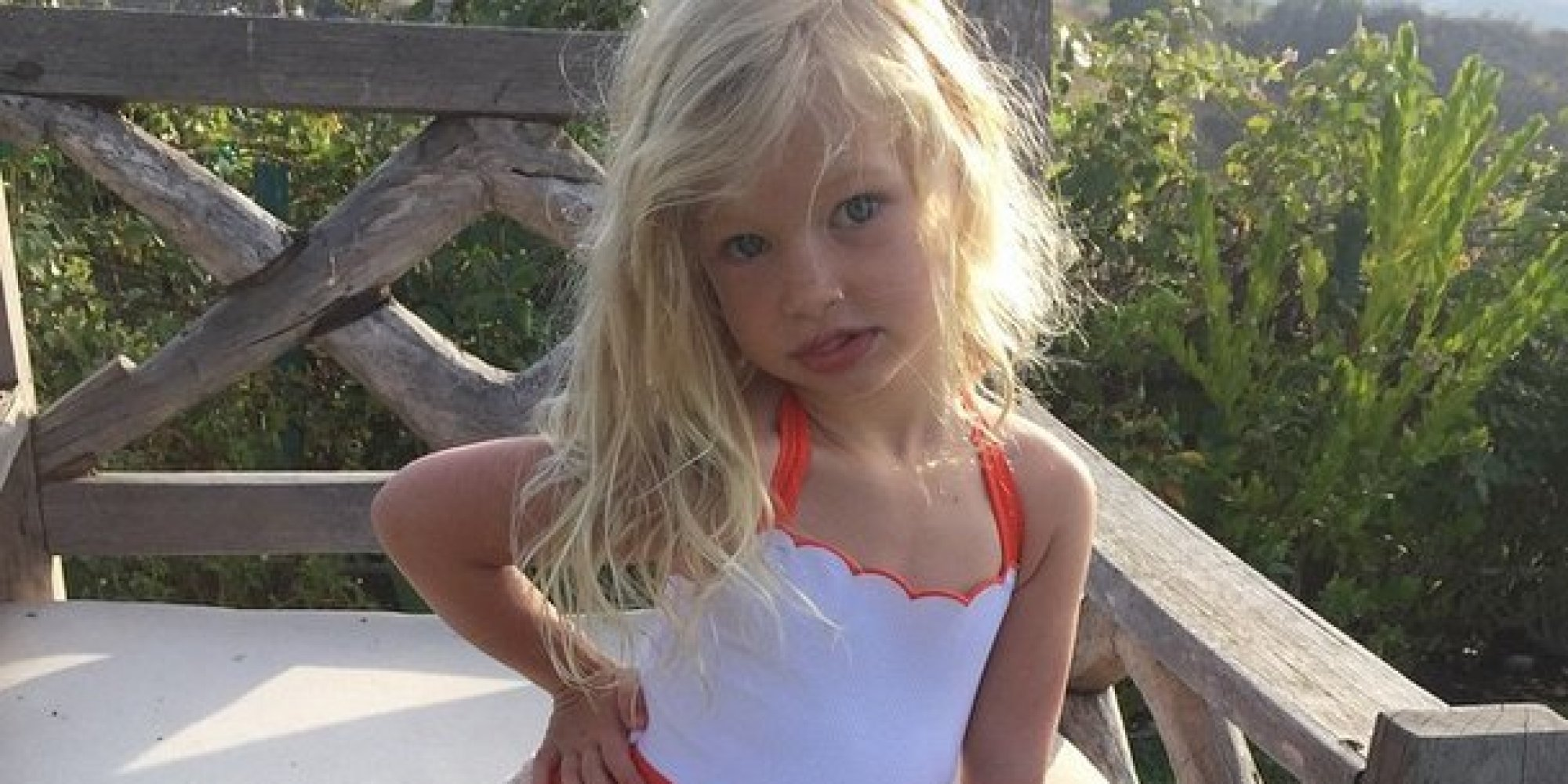 Jessica Simpson's Daughter Maxwell Channels Her Mom's Swimsuit Pose ...
