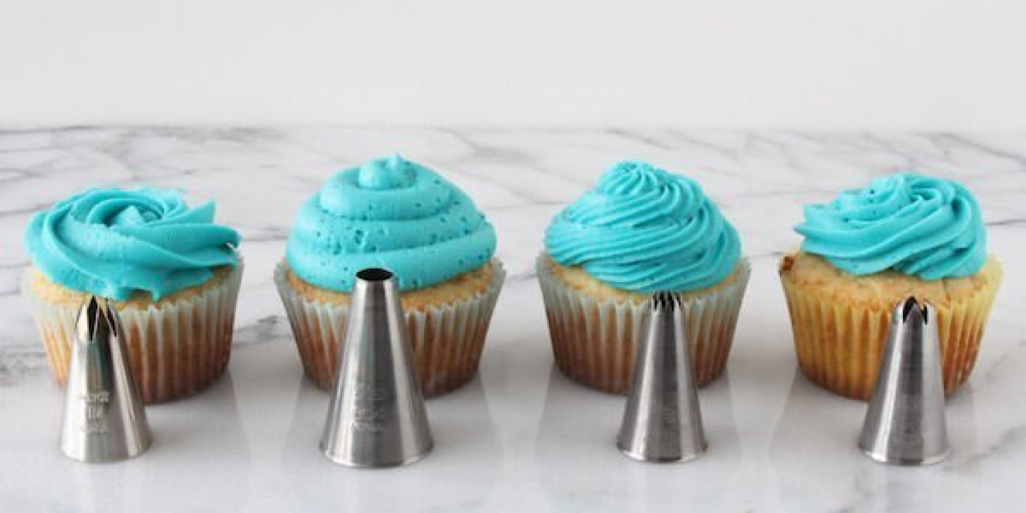how to decorate cupcakes like a master baker huffpost - Cupcake Decorating