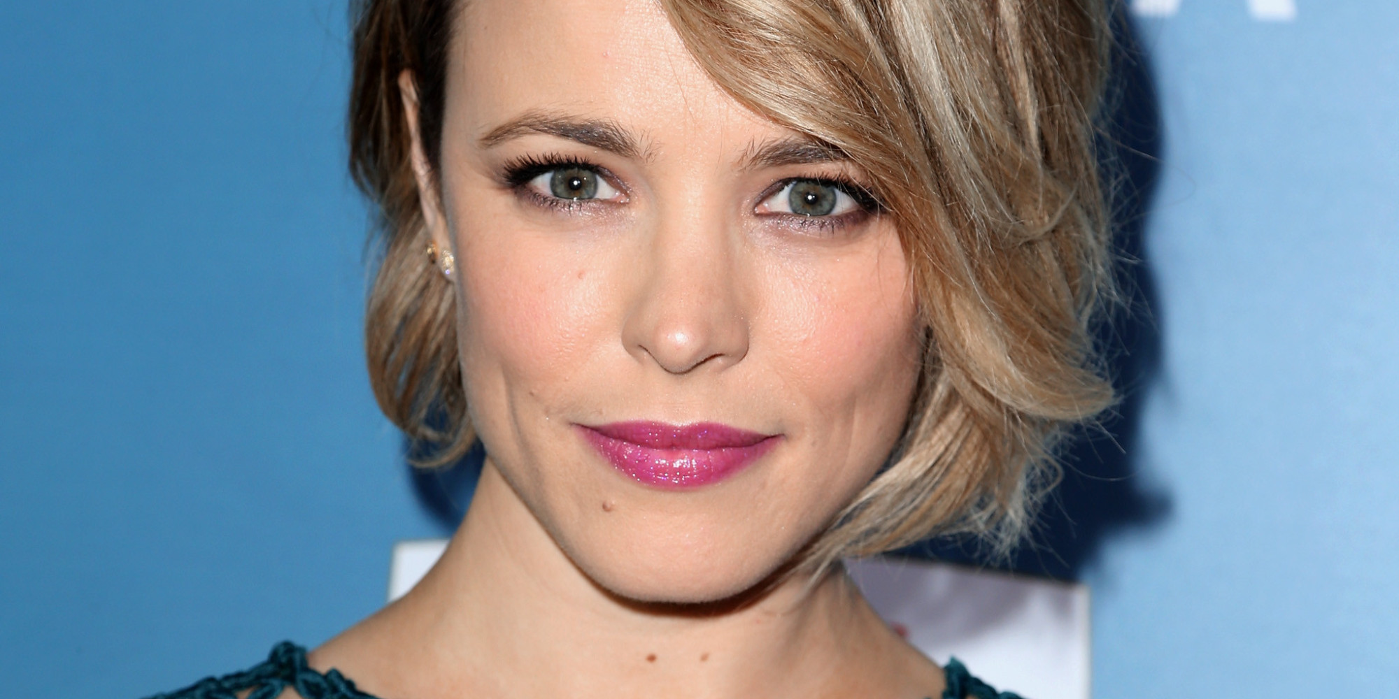 Rachel McAdams Dons Mesh Dress To 'Aloha' Premiere | The Huffington ... Rachel Mcadams
