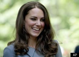 Duchess Accepts Winnipeg Designer's Beaded Bouquet