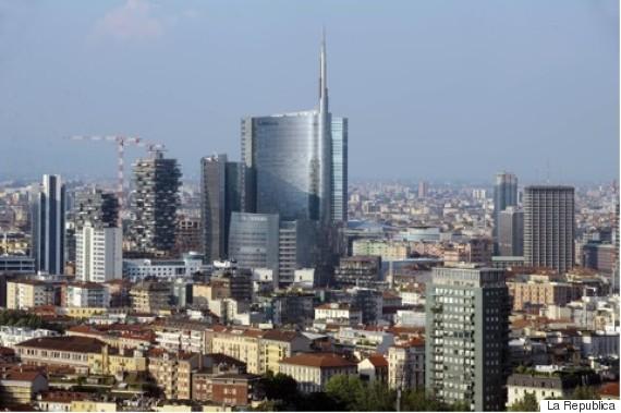 Skyline Tour in Milan with Urban Italy