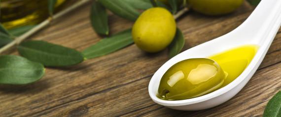 les incroyables vertus beaut de l 39 huile d 39 olive sur la peau et les cheveux. Black Bedroom Furniture Sets. Home Design Ideas
