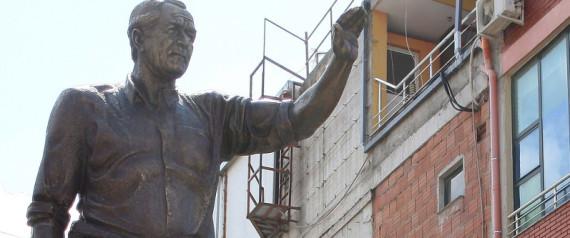 ALBANIA GEORGE W BUSH STATUE