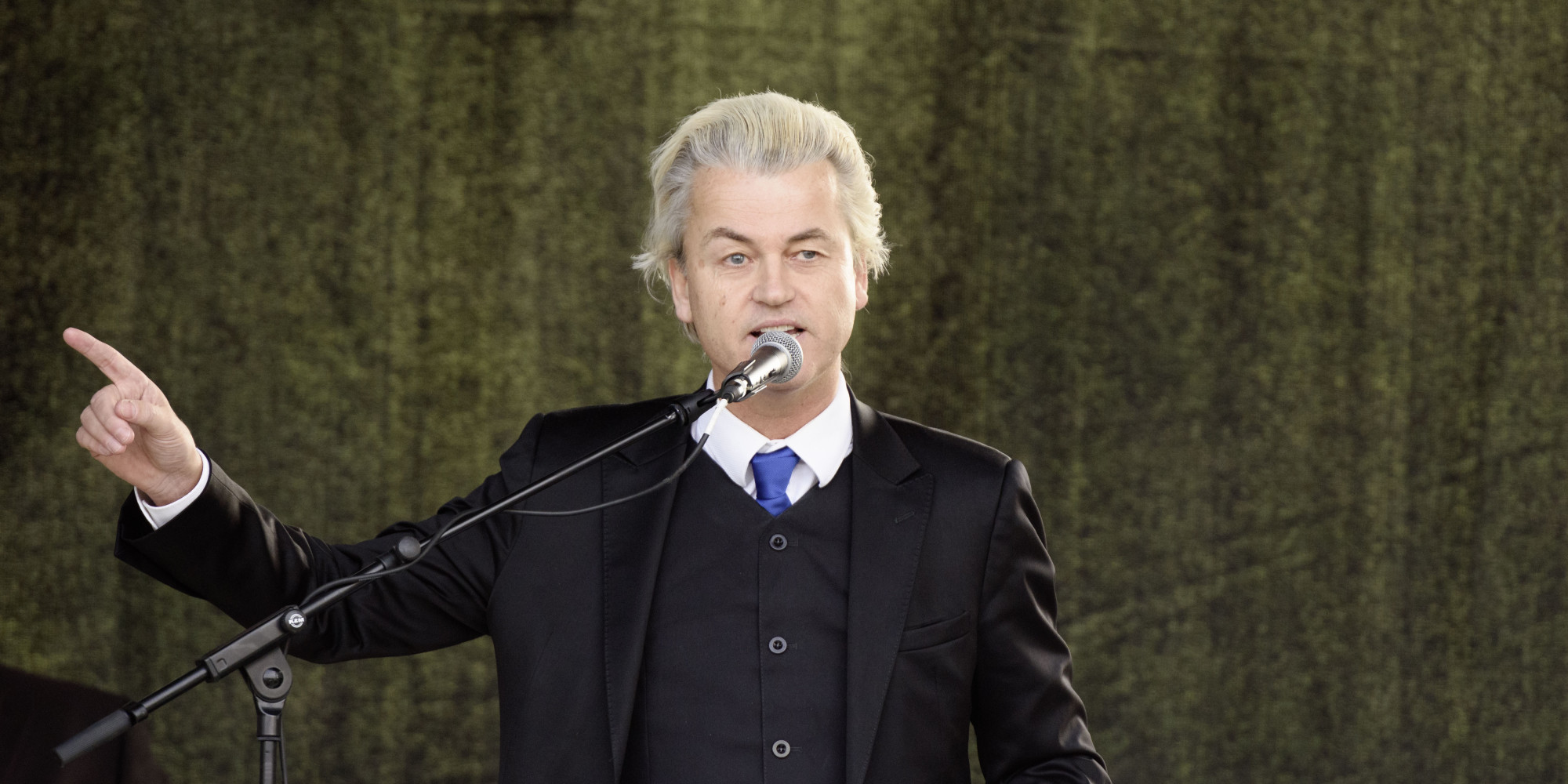 Geert Wilders To Show Muhammad Cartoons Exhibited At Attacked Texas Art Fair On Dutch TV ...