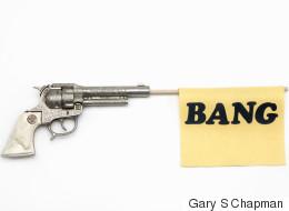 Schoolkids Use Toy Gun To Steal Teacher's Grade Book