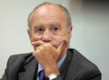 Henri Joyeux, le médiatique cancérologue anti-vaccins, risque la radiation de l'ordre des médecins