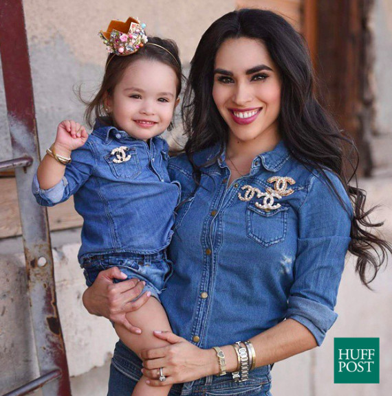 0d9e263fd69 Photo credit: Instagram.com/babyellestyle. Is there anything cuter than  matching mother-daughter outfits?