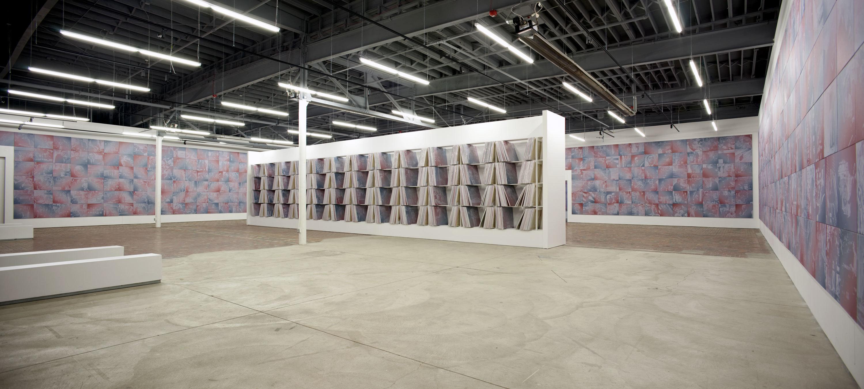 panorama w shelves