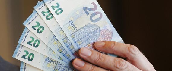 «Ελιγμοί» της κυβέρνησης στην πρόταση για τον ΦΠΑ