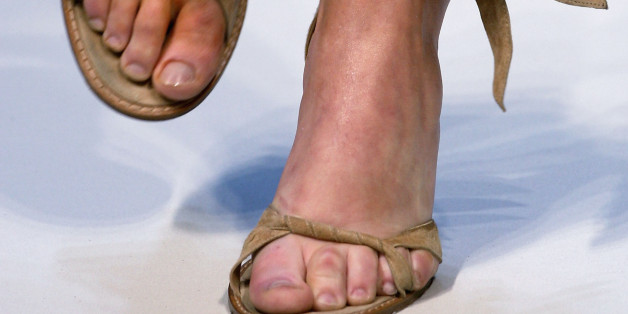 6 Ways To Avoid Swollen Feet And Other Problems South Of
