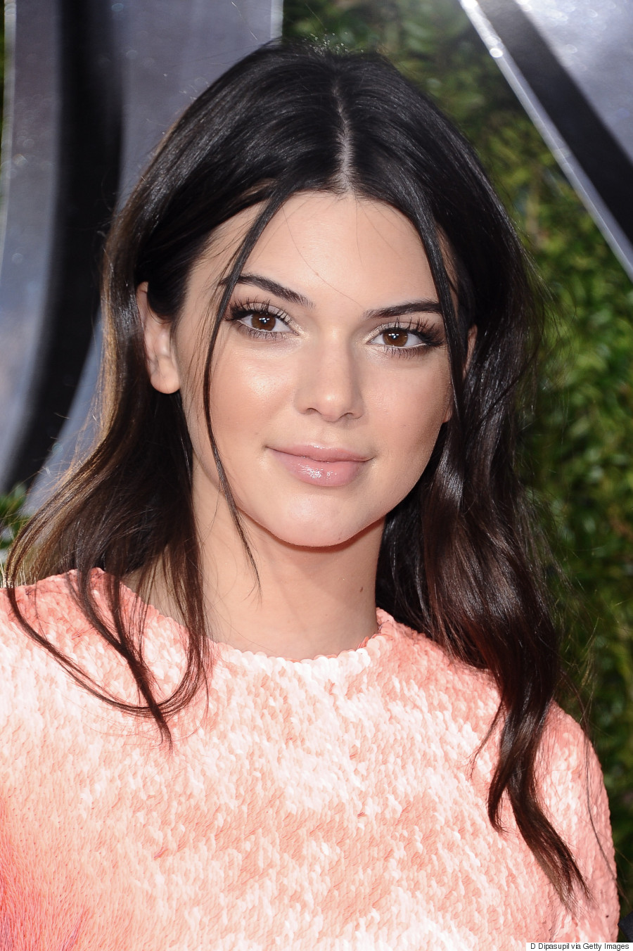 Kendall Jenner Looks Pretty In Pink At 2015 Tony Awards