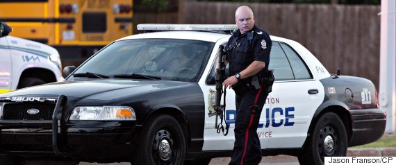 edmonton police officer shot