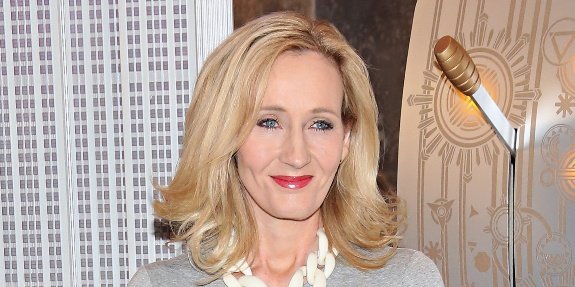JK Rowling hints at more Potter books pics