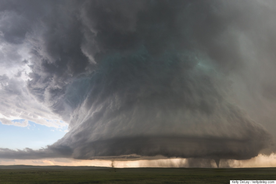 Twin Tornadoes Forming Photo Captures Twin Tornadoes