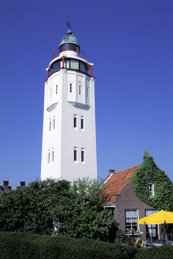 harlingen lighthouse hotel