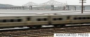 NEW YORK CITY BRIDGE TRAIN
