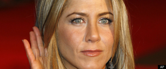 Jennifer Aniston Opens Up About Parents Painful Di