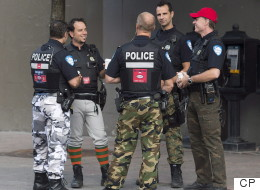 Les agents de la paix devront porter l'uniforme complet dès lundi