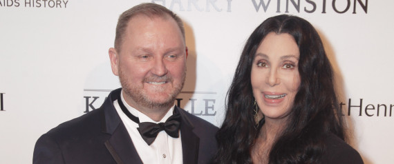 KEVIN FROST E CHER