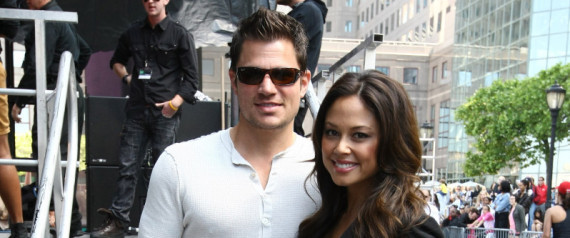 VANESSA MINILLO NICK LACHEY MARRIED
