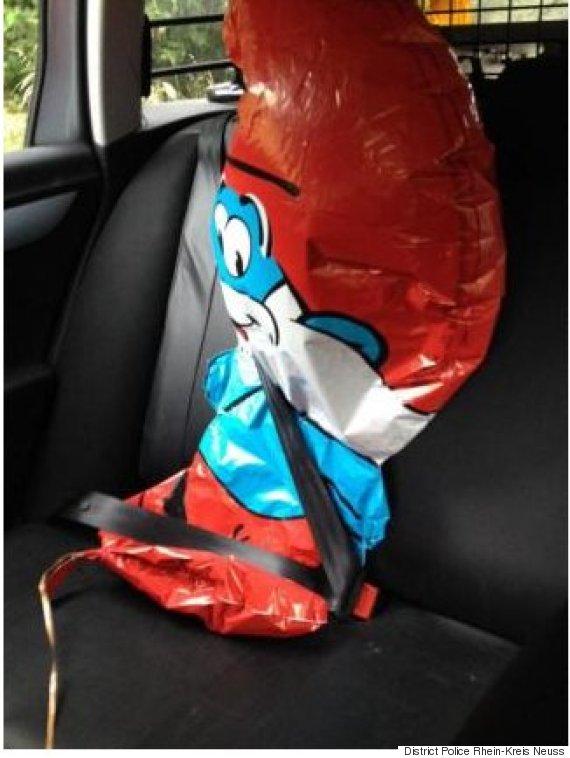 papa smurf balloon