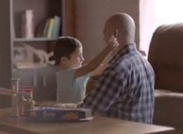 Heartwarming Cookie Ad Shows That Families Are Defined Only By Love