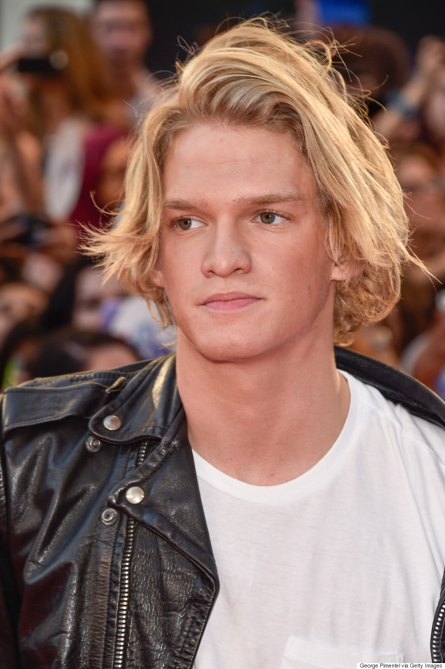 cody simpson la da dee official video free download