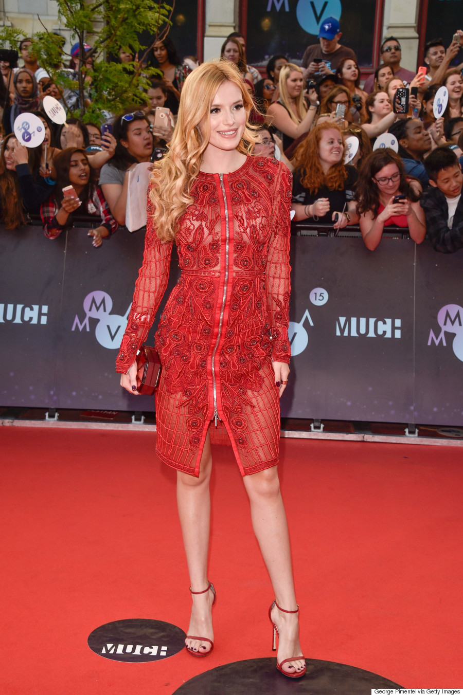 Bella Thorne S Mmva 2015 Dress Is Sheer Sexy And Classy