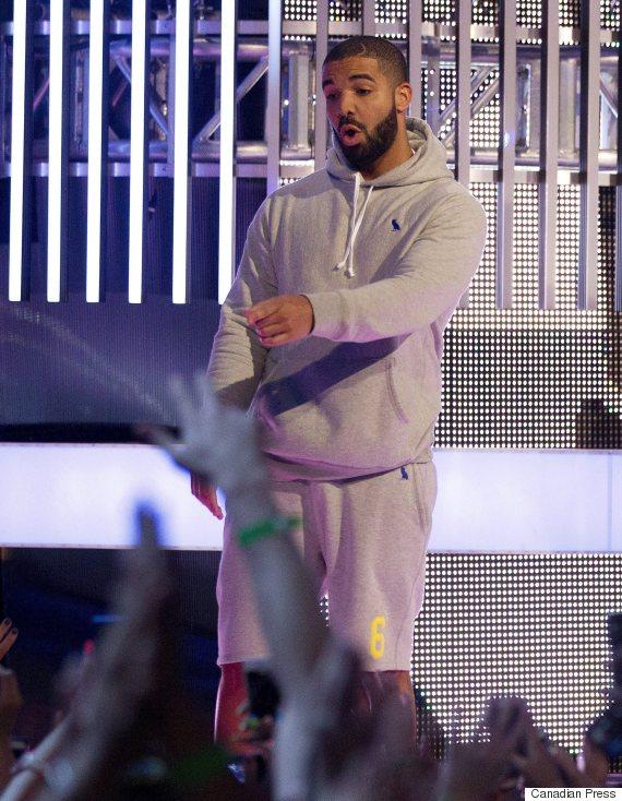 Drake Gray sweatsuit