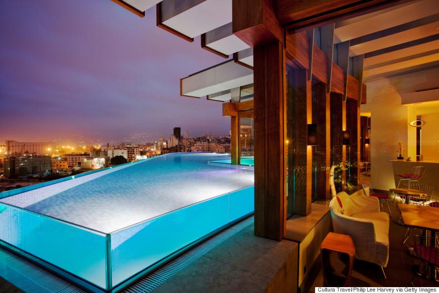 les plus belles piscines de la plan te photos. Black Bedroom Furniture Sets. Home Design Ideas