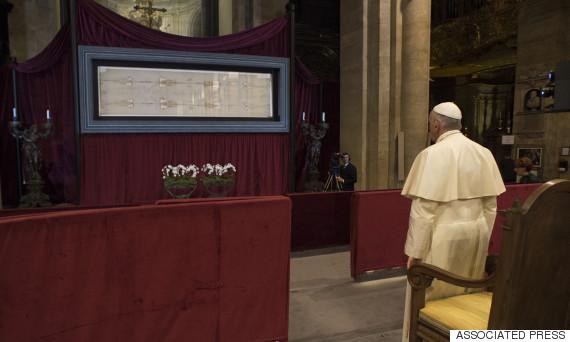 pope francis shroud