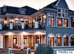 LOOK: Luxury Home Up For Auction.. With NO Reserve