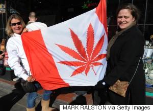 Drogues, ivresses - Page 10 S-VANCOUVER-CANADA-MARIJUANA-large300