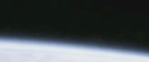 UFO LEAVING EARTH