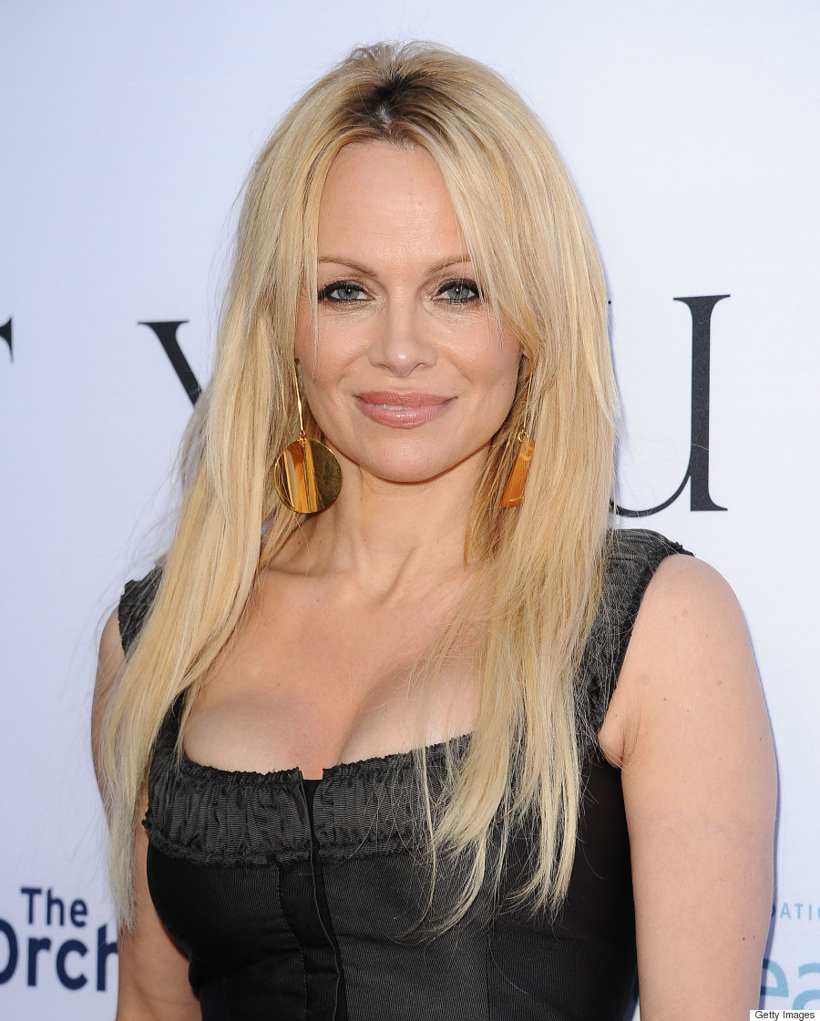 Pamela Anderson Stuns In Corset At 'Unity' Premiere (PHOTOS)