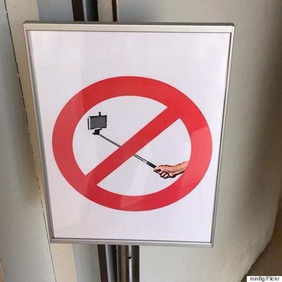 disney world theme parks to roll out selfie stick ban worldwide. Black Bedroom Furniture Sets. Home Design Ideas