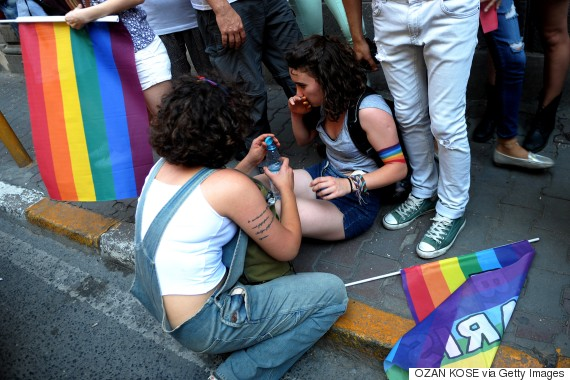 Images Istanbul Police Clear Gay Pride March With Water Cannons, Rubber Bullets 4 LGBT rights