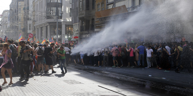 Images Istanbul Police Clear Gay Pride March With Water Cannons, Rubber Bullets 1 turkey